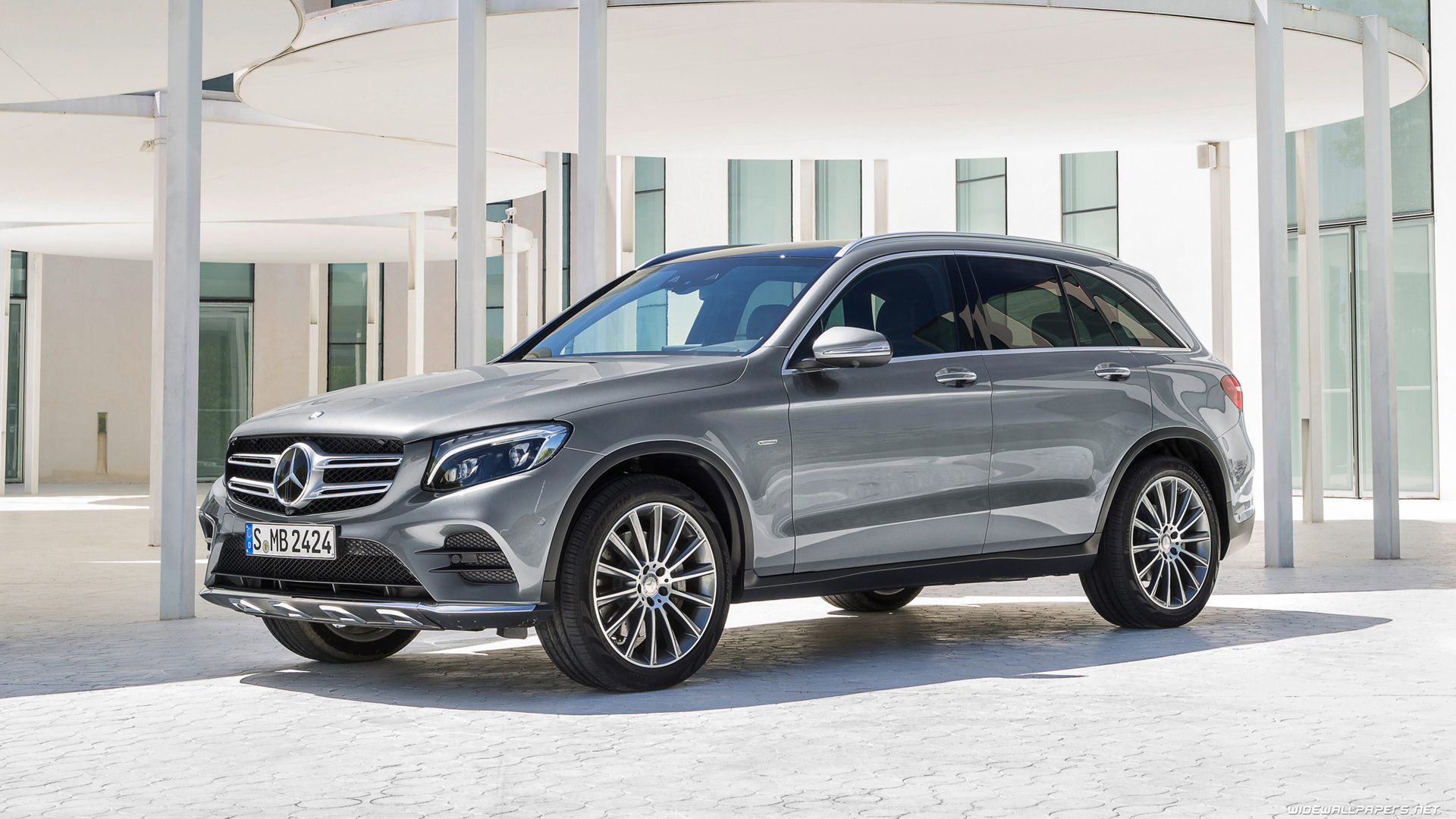 mercedes benz glc class cars desktop wallpapers hd and wide wallpapers. Black Bedroom Furniture Sets. Home Design Ideas