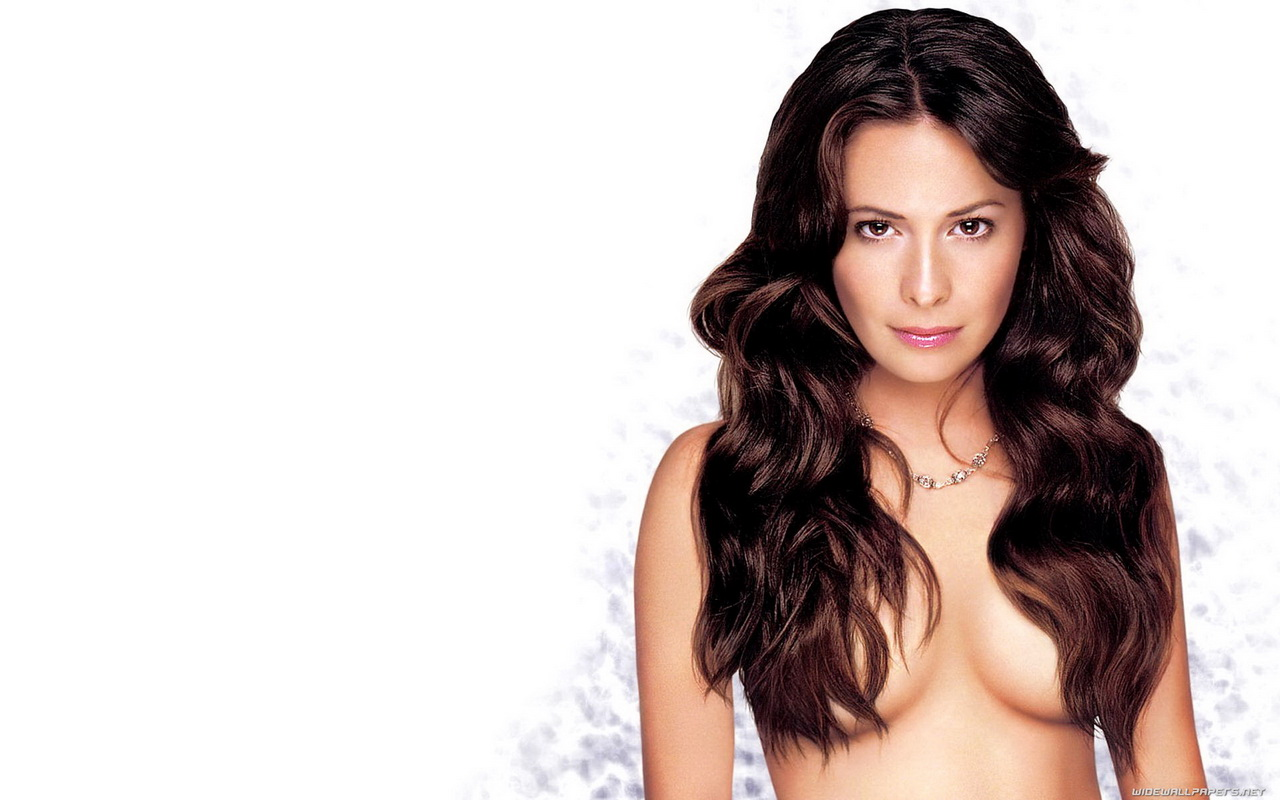 holly marie combs nude movies