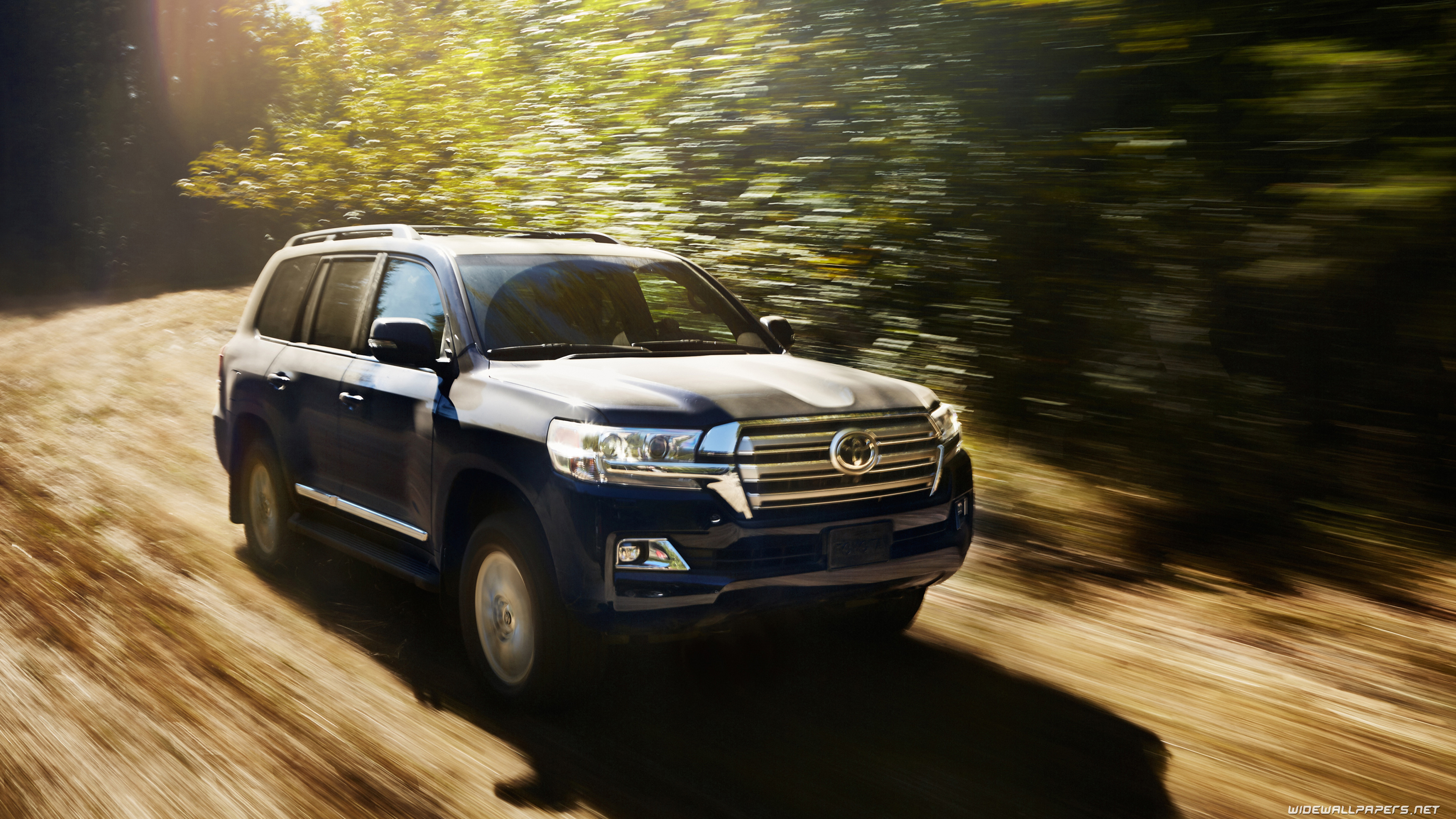 Toyota Land Cruiser 200 US Spec Car Wallpapers ...