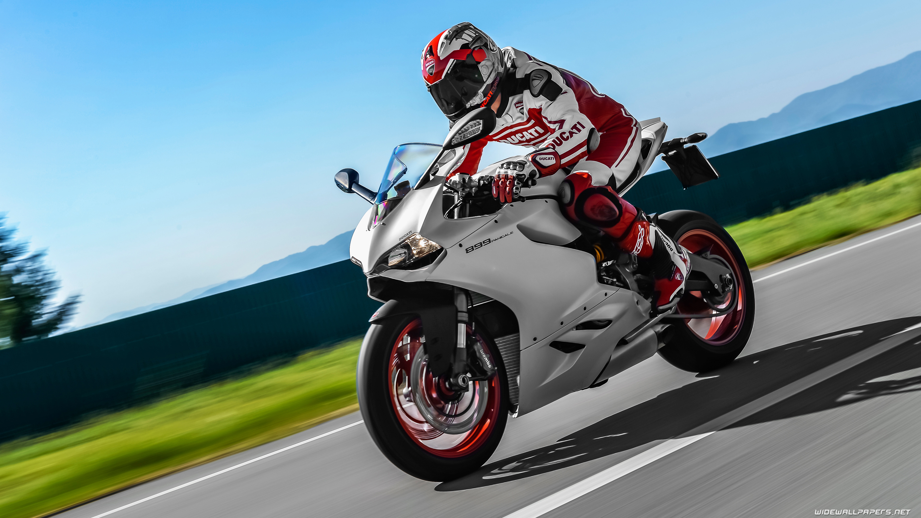 Superbike Hd Wallpaper Full Screen: Ducati Superbike 899 Panigale Motorcycle Desktop